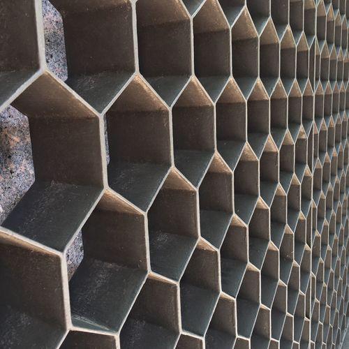 Maximum Closeness Full Frame Pattern Repetition Shape Hexagon Close-up IPhone Photography Sculpture Garden