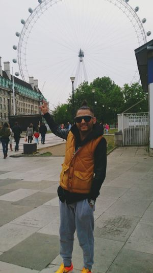 Boy LondonEye Taking Photos Hello World Having Fun Boylondon