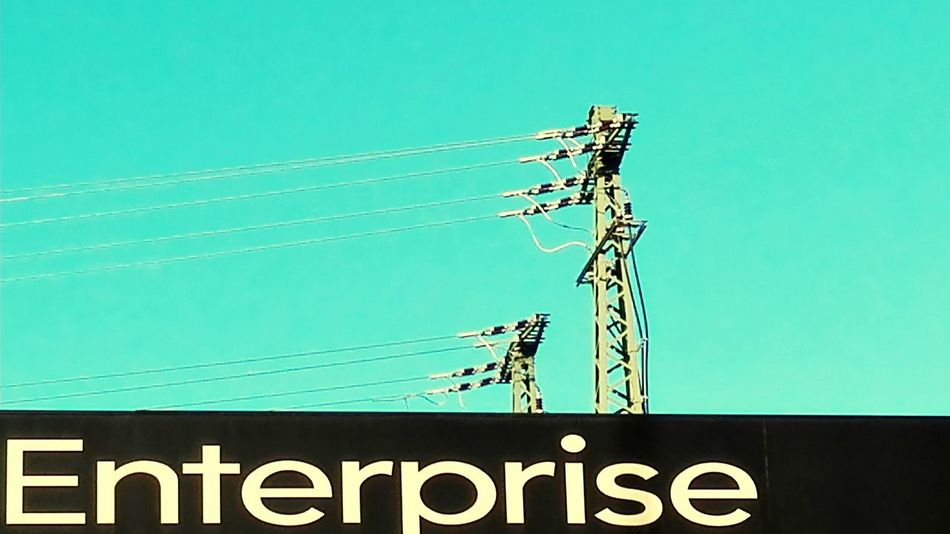 Enterprise Hello World Walking Around The City  Showcase: January Streetphotography Walking Around Urban Geometry Learn & Shoot: Leading Lines Streetphoto_color High Voltage High Energy Ac Dc  Industrial Photography Industryporn