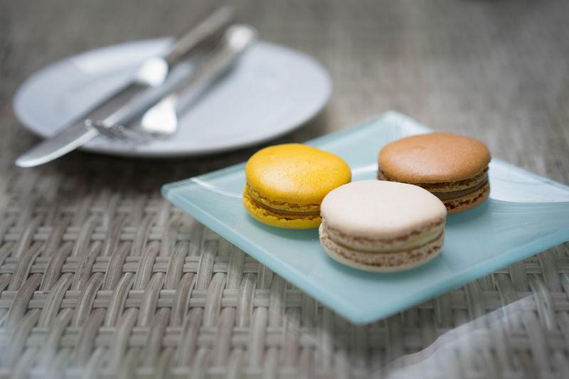 Macarons Baked Cake Dessert Food Macaroon No People Plate Ready-to-eat Selective Focus Sweet Sweet Food