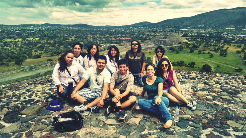 Teotihuacan Piramide Del Sol People