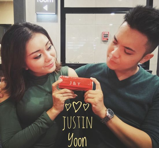 Our Cola 😁 Cheerful Couples Shoot Couplegoals Couple In Love Coca Cola ✌ First Eyeem Photo
