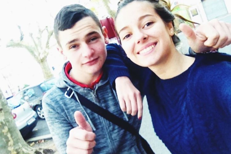 Friends Rheyou