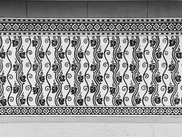 Pattern 🎹 Pattern No People Built Structure Metal Architecture Wall - Building Feature Backgrounds Flooring Design Decoration Geometric Shape Repetition Close-up Indoors  In A Row Steel Day Art And Craft Shape Alloy