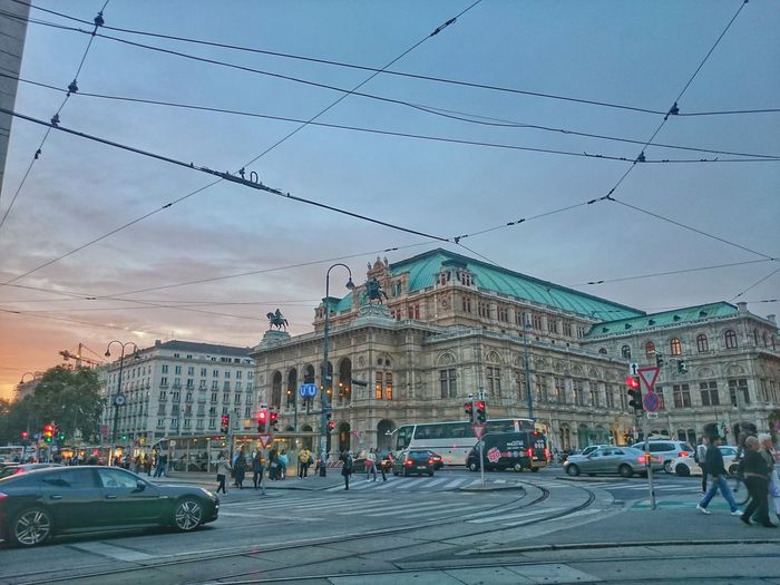 Opera House at Dusk Cityscapes Opéra Austria Travel Getting Inspired Urban Geometry Streetphotography Sunset Traffic Architecture HDR