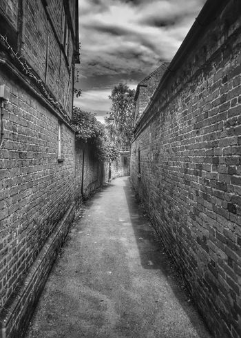 Stoney Alley Sky Building Exterior Cloud - Sky Architecture Built Structure Nature No People The Way Forward Diminishing Perspective Footpath