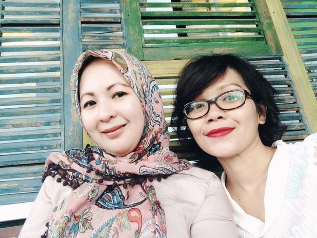 At Happiness. With Gatri. Forever Friends - ITag Trio Kwek Kwak By ITag Mobile Upload-Me & Friends