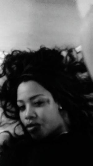 Life is sexier in black n white lol Relaxing Hi! Check This Out Hello World That's Me