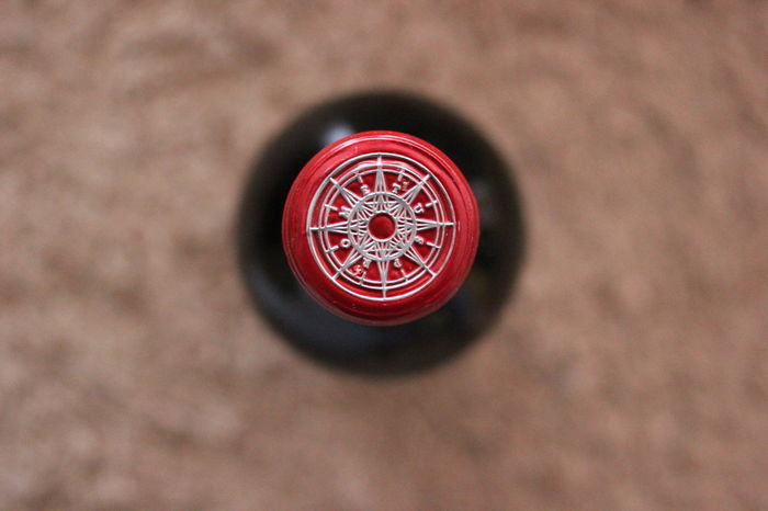 Bottle Cap Focus Object Bottle Circle Close-up Focus On Foreground Minimal No People Red Wind Rose Wine Stories From The City Visual Creativity