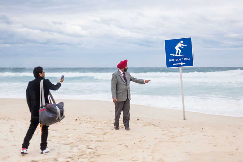 Tourists at Bondi Beach, Sydney, Australia. I will be teaching an intensive, one day street photography workshop in Sydney with a small group – read more: http://kulbowski.com/sydney and join me! Australia Beach Life Beach Photography Bondi Beach Holiday Ocean View Surf Taking Pictures Tourist Tourists Beach Beachphotography Bondi Horizon Over Water Nsw Street Photography Streetphoto Streetphoto_color Streetphotographer Streetphotography Surfing Sydney Tourism Turban Vacations