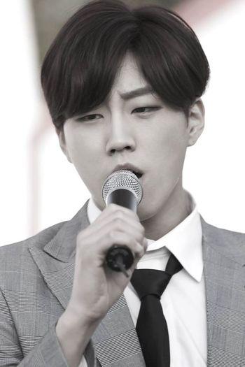 Kpop MrMr Jin Black&white