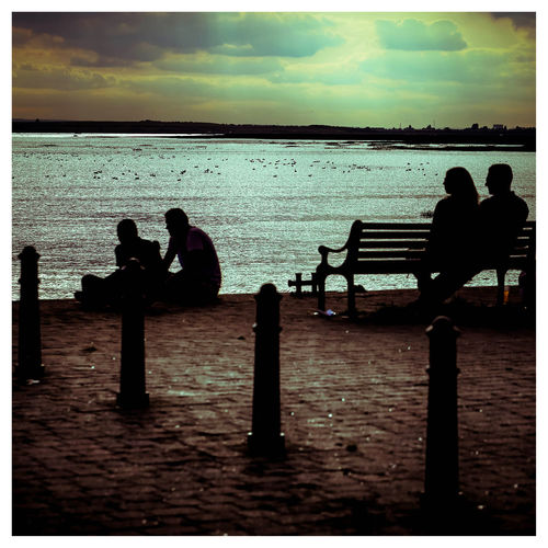 Coastal Spots Enjoying The View Essex Coast Leigh On Sea Lifestyles Outdoors People Sillouetted Relaxation Sea Silhouette Sillouette Of People Sitting Sitting On Bench Sky Sunset Sunset Silhouettes Tranquil Scene Tranquility View Of The Sea Water Summer Exploratorium