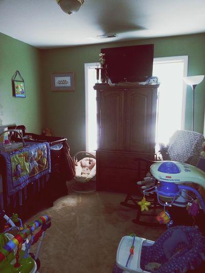 Babys Room is complete.