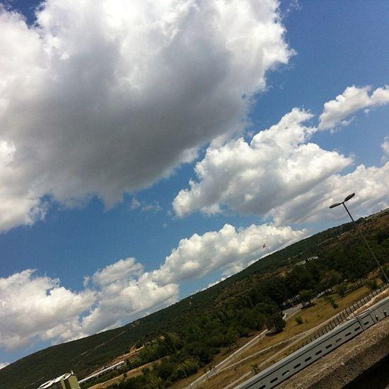 Şirkette çardakta otururkene 5 Istanbul Turkcell Maltepe Kartal bulut cloud sky gokyuzu manzara naturel