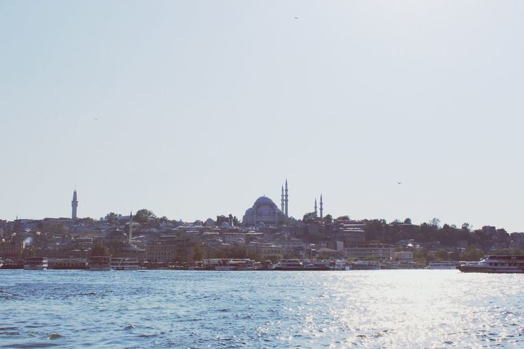 Water Lake Outdoors Cityscape Winter Politics And Government Sky No People City Building Exterior Day Architecture Bird Urban Skyline Nature Istanbul Travel History Canon 1300d Travel Destinations Canonphotography Eyeemphotography Phonephotography EyeEm EyeEm Gallery