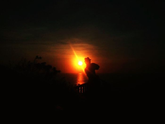 Sunset while watching Kecak Dance #sunset Silhouette Real People Sun Nature Leisure Activity Outdoors First Eyeem Photo EyeEmNewHere